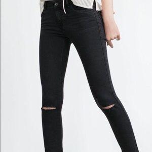 Zara ripped knee black grey skinny jeans mid rise